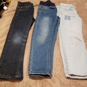 3 pairs of skinny jeans